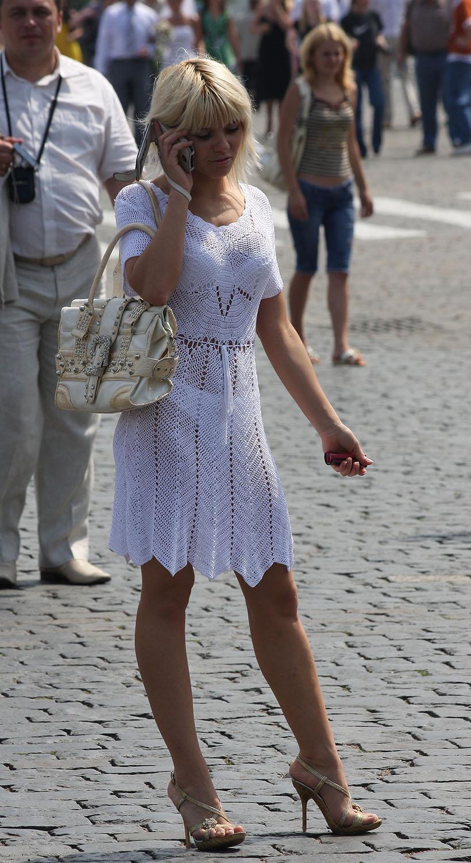 прозрачная одежда на москвичках фото